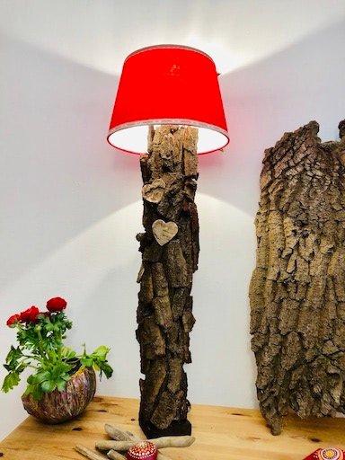 lampen sale besondere leuchten kaufen stehlampe baumrinde. Black Bedroom Furniture Sets. Home Design Ideas